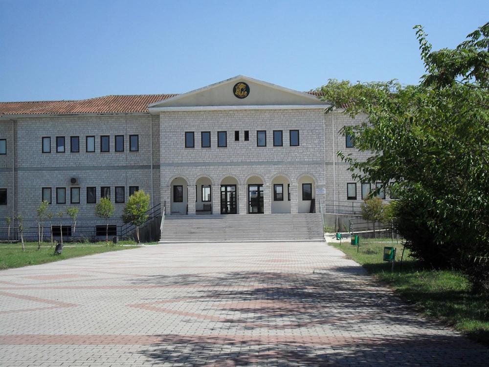 Άρτα: ΔΗΜΑΡΧΟΣ ΑΡΤΑΙΩΝ - Ζητά από τους βουλευτές να διεκδικήσουν το… Πανεπιστήμιο Ηπείρου